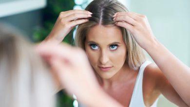 Photo of Mevsim geçişlerinde saç dökülmesini önlemek mümkün mü?