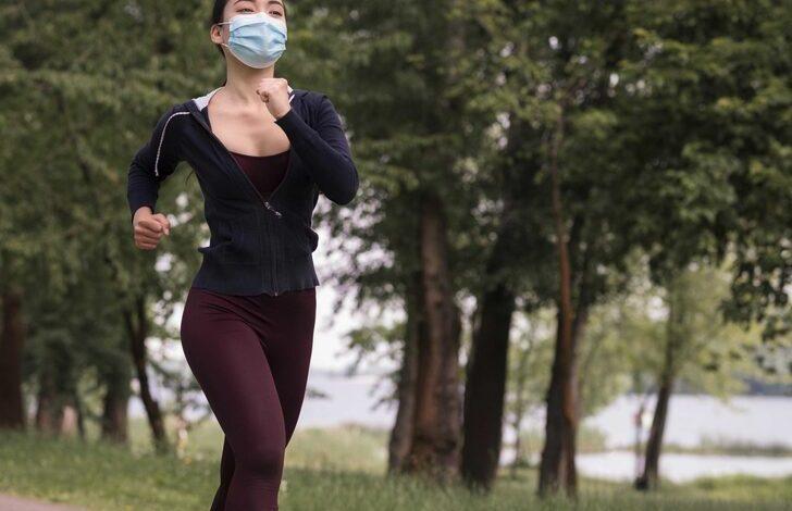 Spor yaparken maske takmalı mıyız? Uzmanlar açıkladı