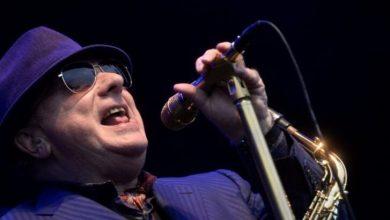 Koronavirüs: İngiltere hükümetini protesto eden Van Morrison'dan kısıtlamalara karşı 'protesto şarkıları'