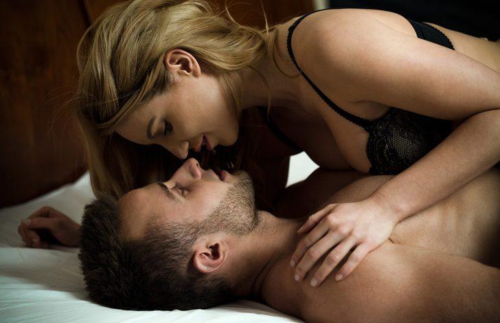 Cinsel ilişkiye girmek kadınlarda böbrek taşına iyi geliyor
