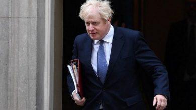 Photo of İngiltere'de 'günlük hayat askıya alınacak' tartışması