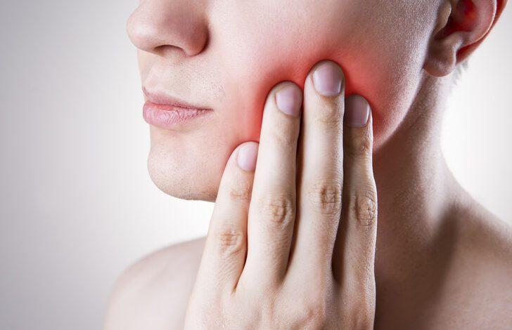 Diş ağrısından kurtulmak bu kadar basitmiş! Su, tuz ve...